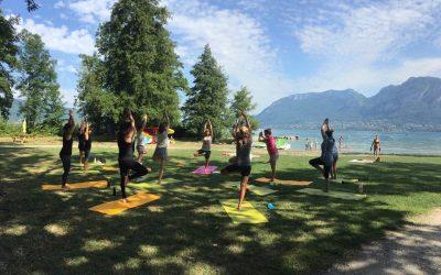 Cours Yoga au lac d'Annecy